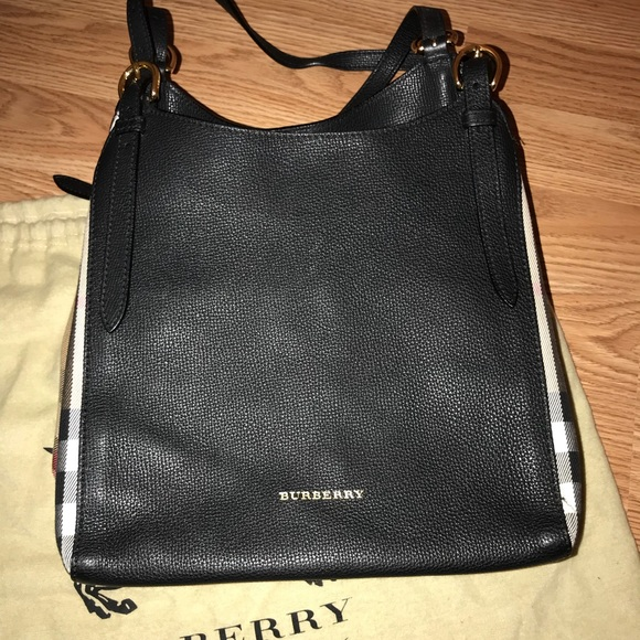 4777dc2d41d Burberry Handbags - Authentic Burberry Canterbury Small Leather Tote